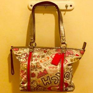 OFFERS???? Rare Coach tote bag